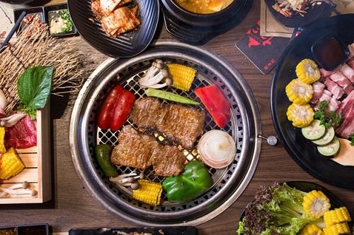 Buffet nướng Nhật Bản khuyến mãi đi 4 trả tiền 3 tại Sài Gòn