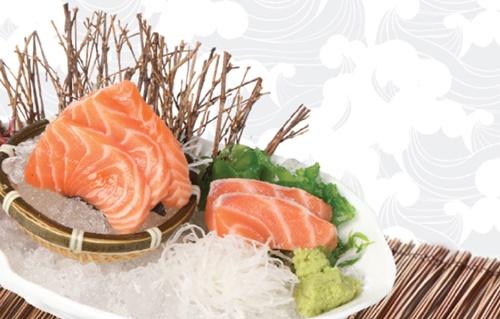 Cơ hội thưởng thức sashimi cá hồi miễn phí tại Sushi Kei