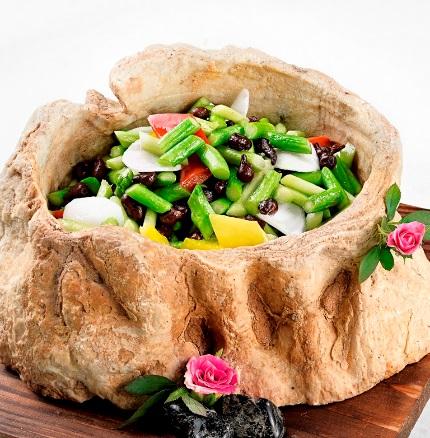 Khám phá hương vị Á Đông tại nhà hàng Hải Cảng