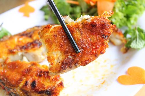 Món ngon hấp dẫn từ cá mú nghệ tại hải sản Rạn Biển