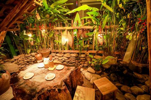 Quán ăn mang phong cách Thủy Hử ở Hà Nội
