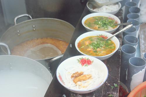 Nét ẩm thực trong bánh canh Huế